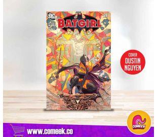 Batgirl número 21 portada de Dustin Nguyen